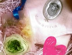 プレゼント | アロマキャンドル・ハンドタオル | 高品質で安いネイルサロンABCネイル 銀座店