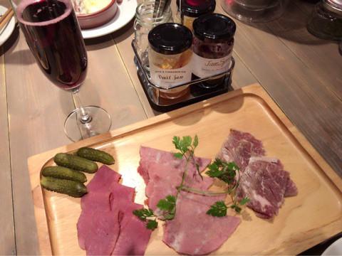 グルメ | ワインバル | 高品質で安いネイルサロンABCネイル 池袋店