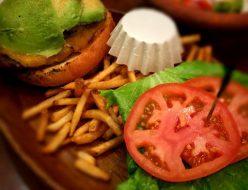 グルメ | ハンバーガー | 高品質で安いネイルサロンABCネイル 新宿店